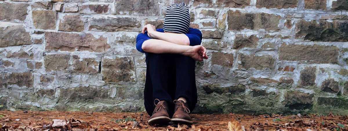 hiv-i-giovani-tra-i-25-e-i-29-anni-la-fascia-piu-a-rischio-di-contagio